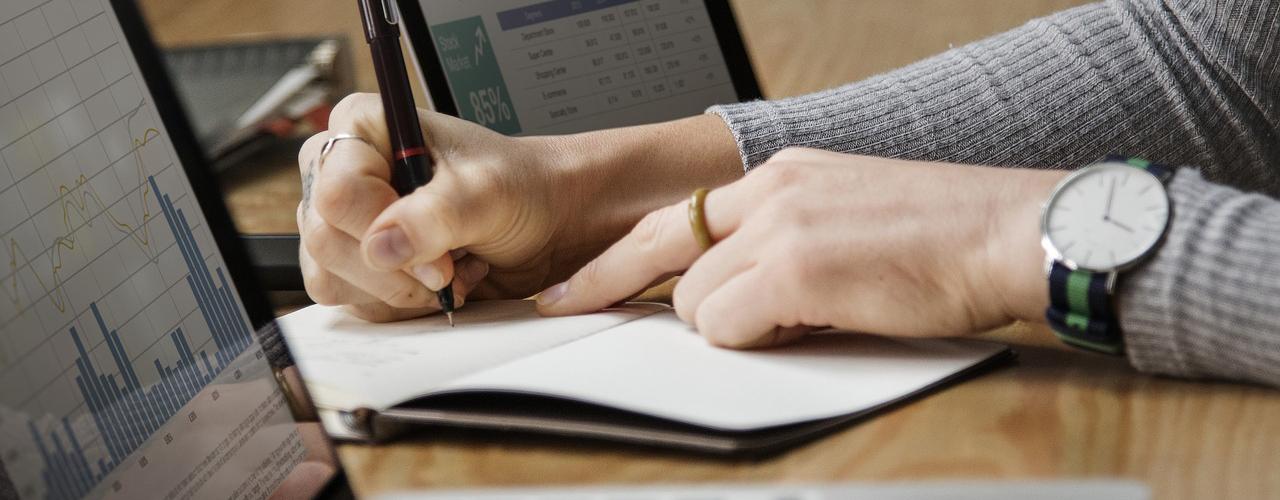 Finance Jobs Header Image